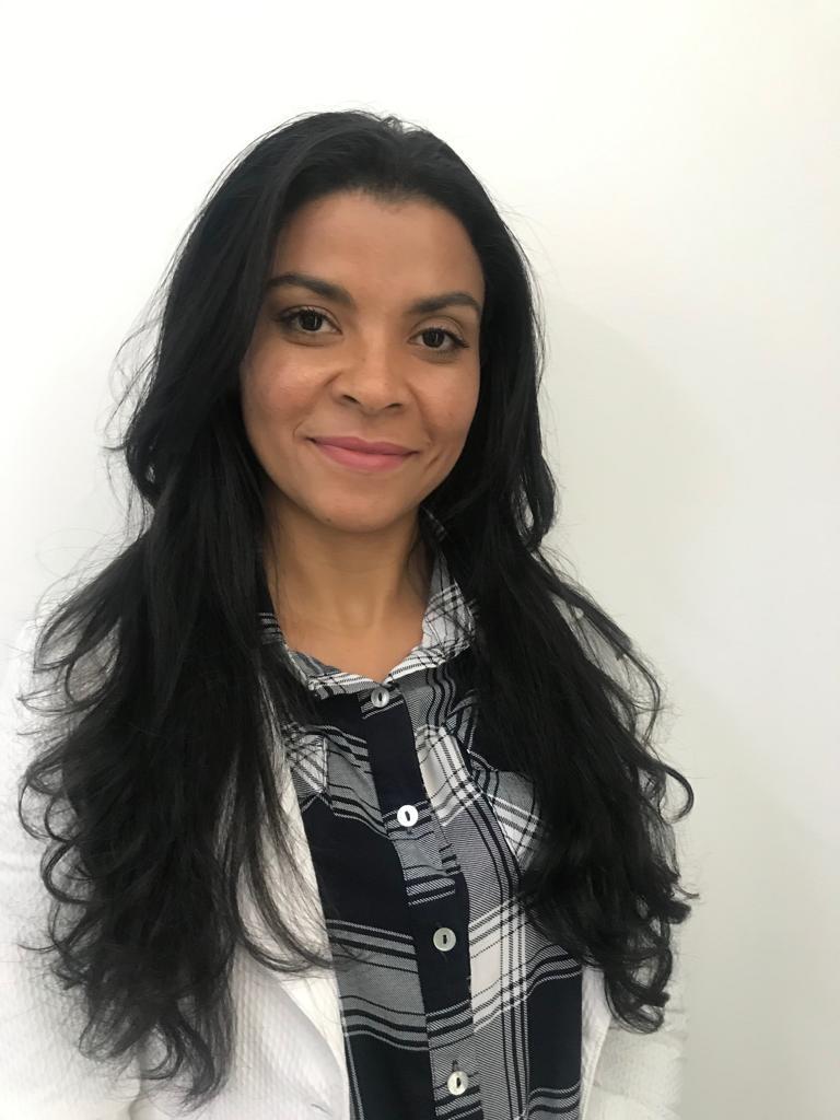 Médica de Família Dr. Cristiane Silvino